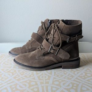 NWOT Vince Camuto Tokode sz 6 brown bootie rare
